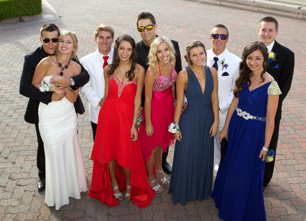 High School Prom Photos. Can't Wait For The Photo Booth.